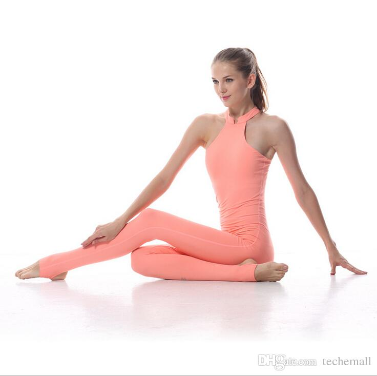Sexy yoga outfits