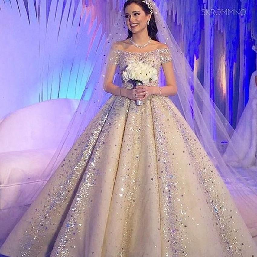 Top Selling Ball Gown Wedding Dresses 2016 Tulle Sleeveless Off The Shoulder