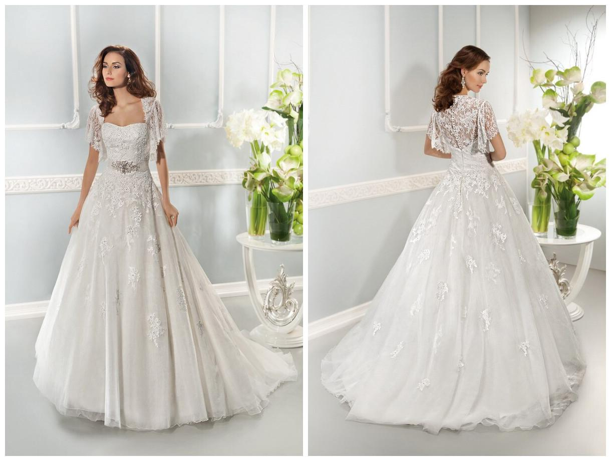 Elegant Lace Wedding Dresses with Sleeves