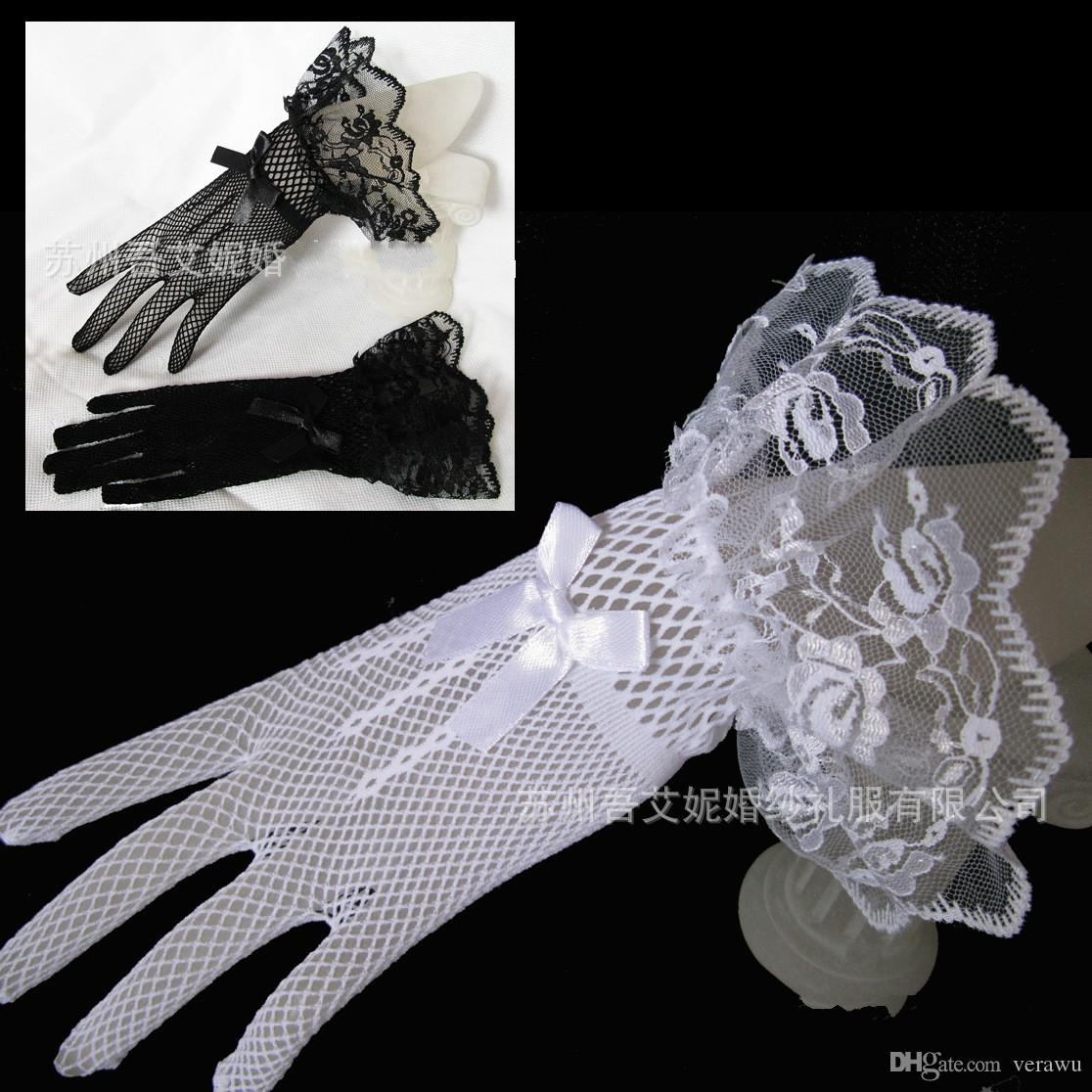 Black gloves with bow - Black White Vintage Lace Tulle Elegant Short Bridal Gloves With Bow Sheer Women Wedding Party Gloves Full Finger Bridal Accessories Cheap Black Gloves Tulle