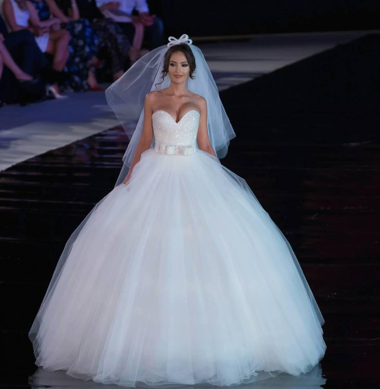 Gorgeous Ball Gown Wedding Dresses 2015 Sweetheart