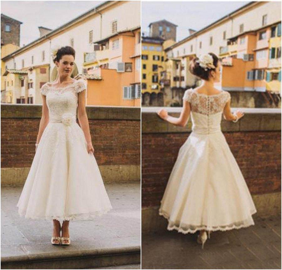 Short Dress Wedding Style A Line Lace 2016 Wedding Dresses Cheap Short Sleeves Beach Wedding
