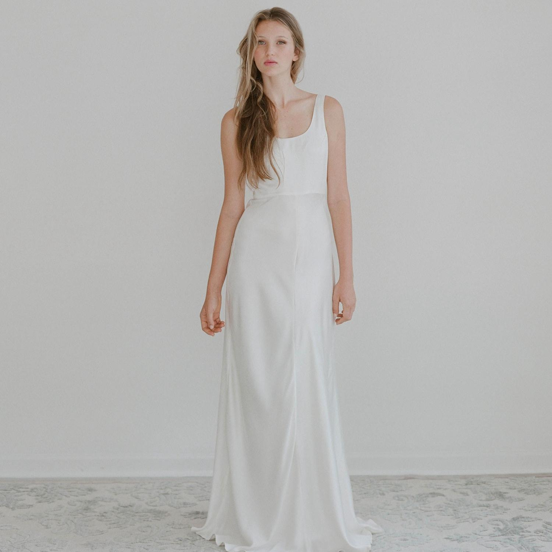 used casual short wedding dress