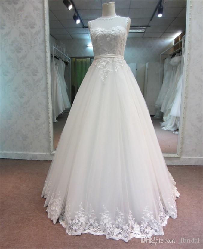 Discount sheer vintage wedding dresses 2016 white black for Wedding dresses with pearls and diamonds