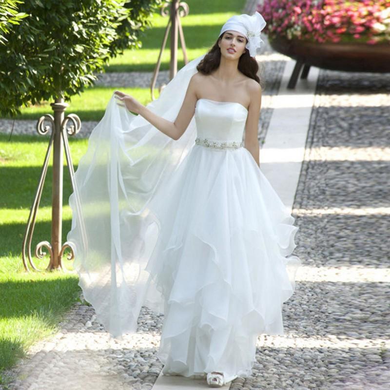 Simple Style White Sheath Garden Wedding Dresses Long Strapless Backless Long Beads Custom Made