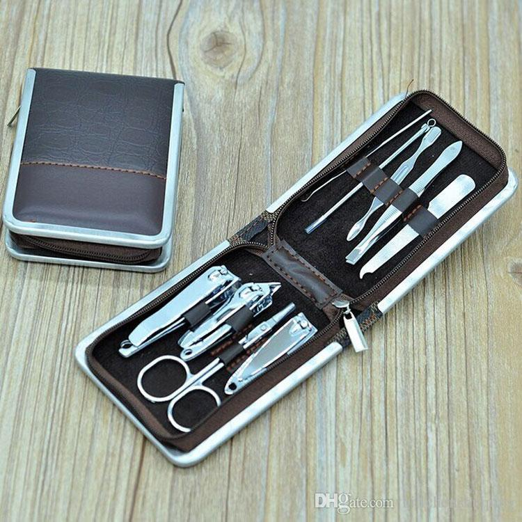 9 à 1 jeu Outils Nail Manicure Nail Set Clippers cuticules Grooming Case Makeup