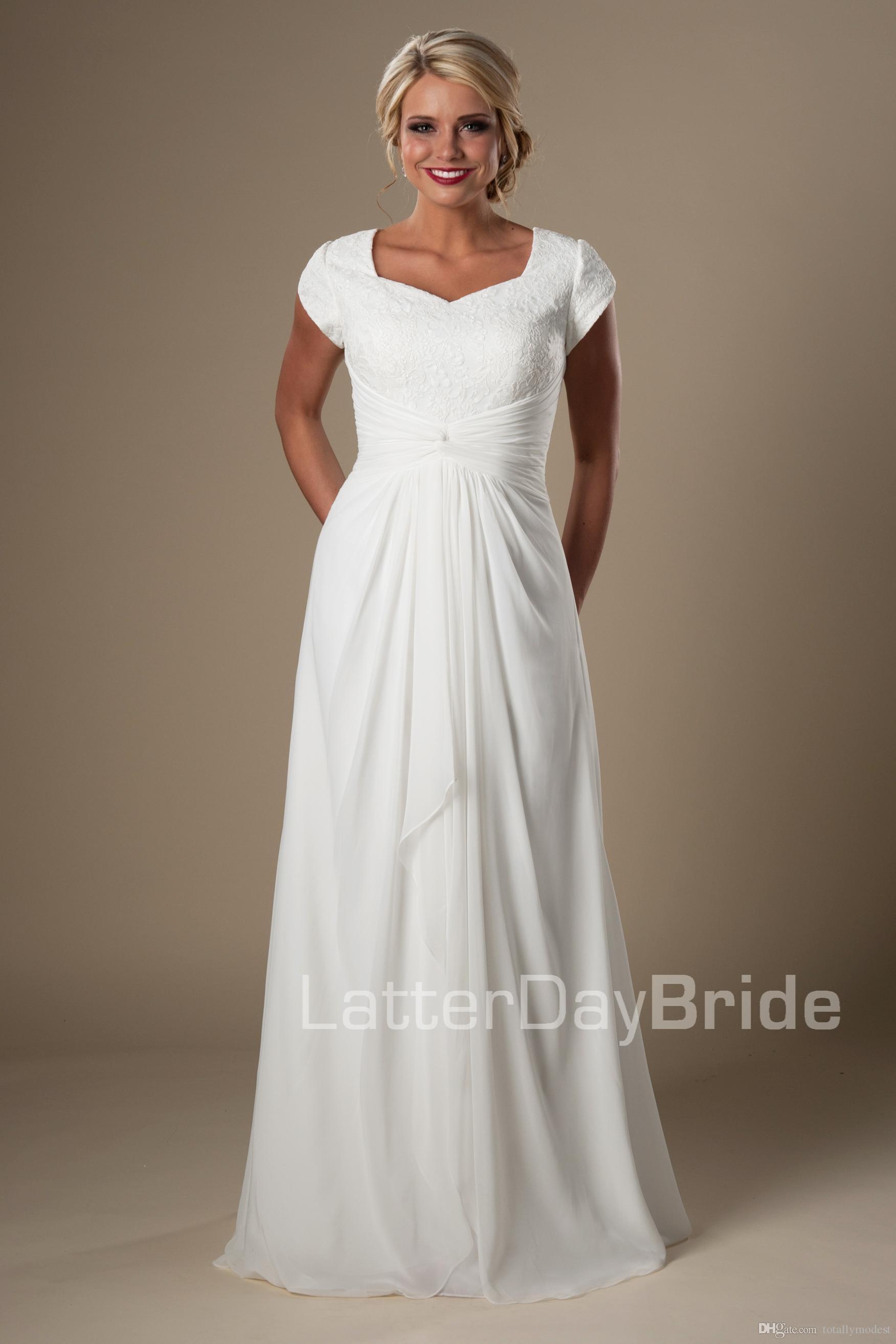 Discount Ivory Lace Chiffon Beach Modest Wedding Dresses