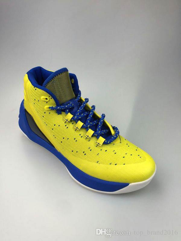UNDER ARMOUR CURRY 3 MAKE THAT OLD