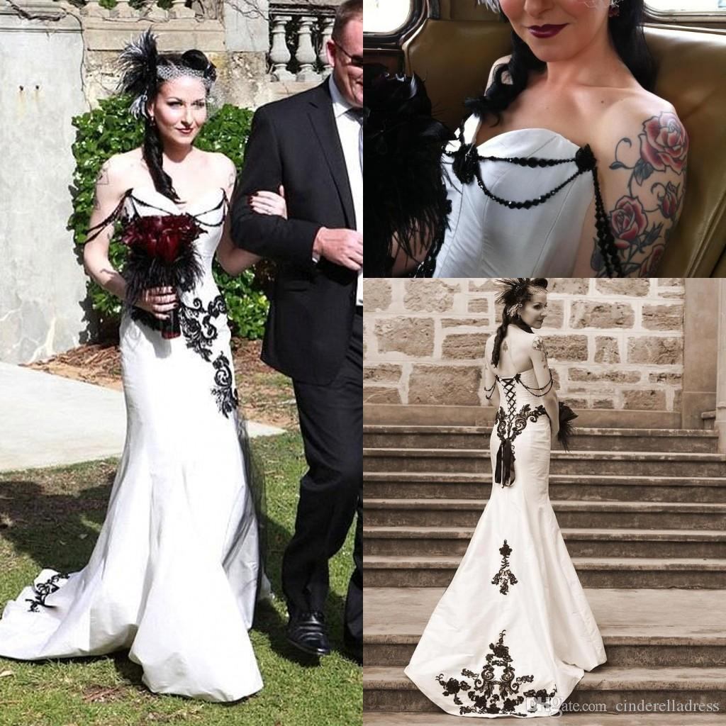 Cheap Black And White Gothic Mermaid Wedding Dresses 2016 Beaded Floor Length Lace Corset Court