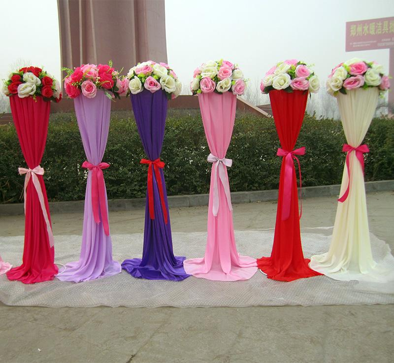 Wedding road lead metal stand centerpieces with silk cloth for Decoration de stand