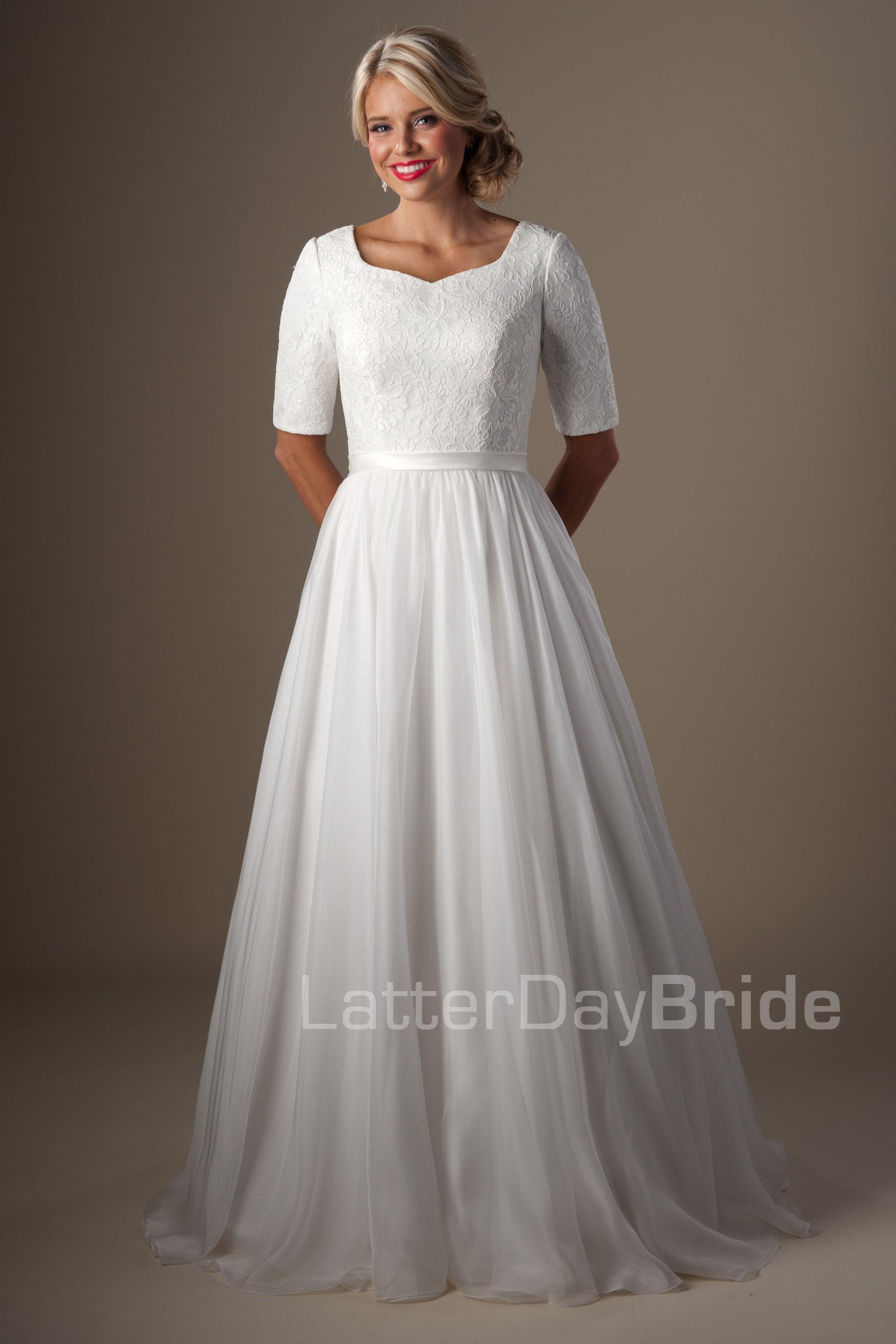 Discount Vintage Lace Chiffon Half Sleeves Modest Wedding