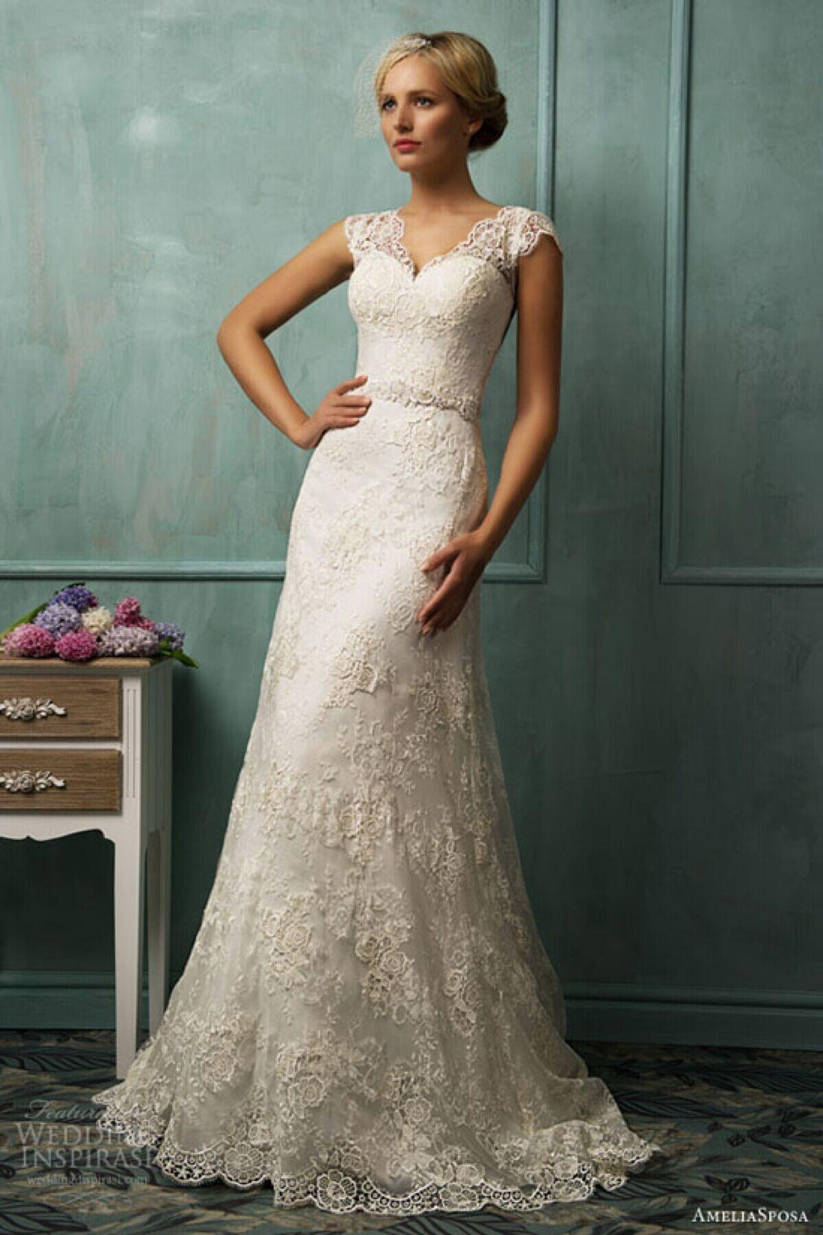 2016 Amelia Sposa Luxury Ivory Lace Wedding Dress V Cut