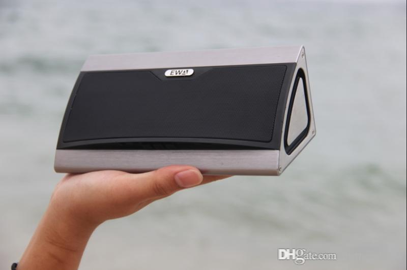 Heavy bass portable speakers