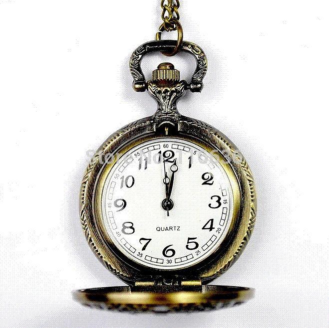Medium Size Pocket Watch Roman Clock Style Necklace Vintage Old Fashion Fashion Woman Fashion