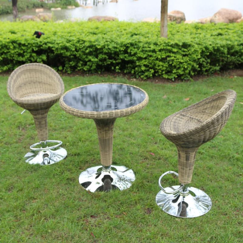 Casual Rattan Coffee Table: Casual Outdoor Bar When Rotating Chair Wicker And Coffee