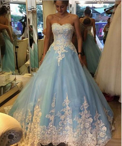 Robe de mariage blue ball gown wedding dresses with white for Plus size indian wedding dresses