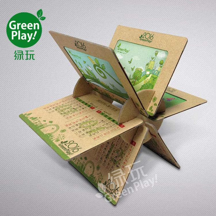 2018 Kraft Paper Desk Calendar With Green Design Printed