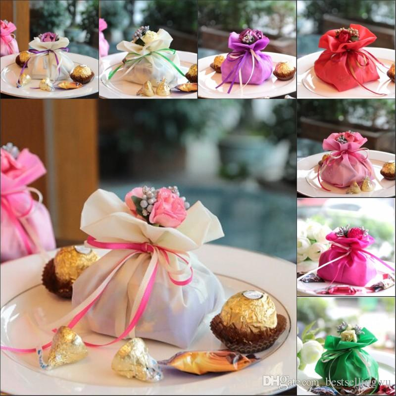 Italian style wedding favor candy gift bags yarn pouch for Wedding table favours