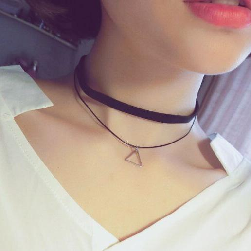 Hot Pendant Colliers Black Chocker Punk Style Collier en couches Fashion Sexy Wo