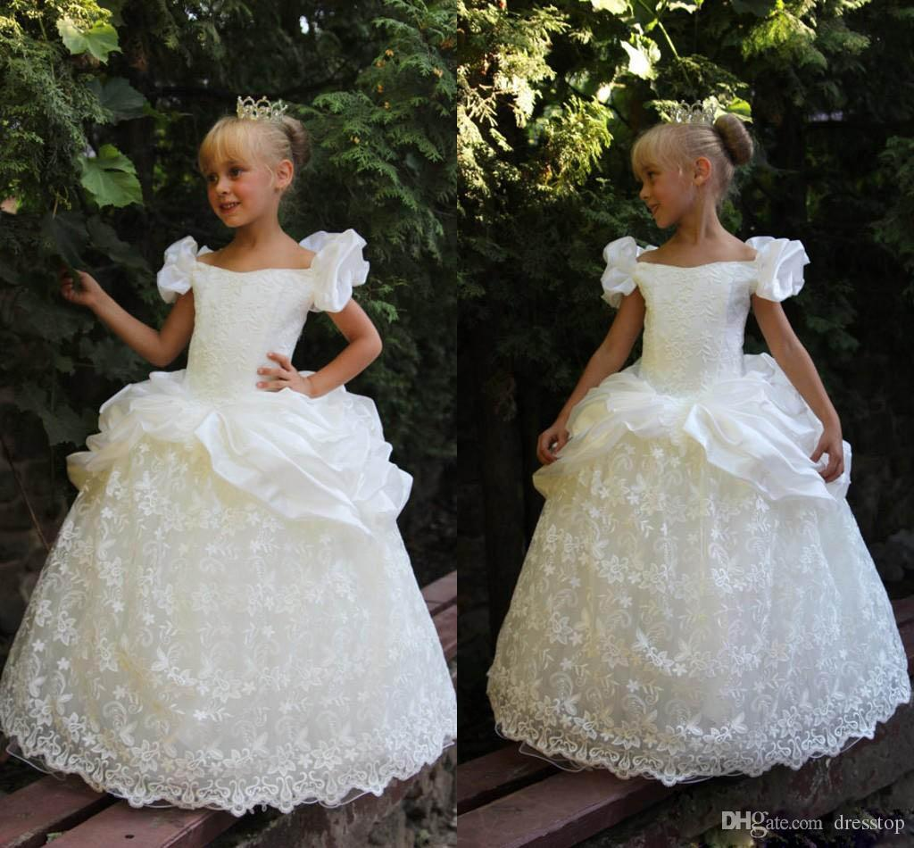 Ivory Lace Pageant Gowns With Short Sleeves Appliqued