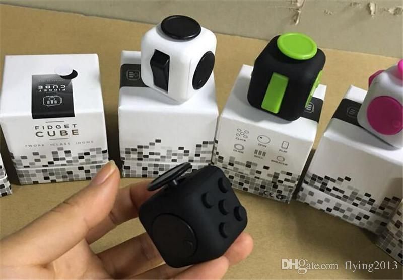 magic fidget cube a vinyl desk toy 2017 new fidget cube. Black Bedroom Furniture Sets. Home Design Ideas
