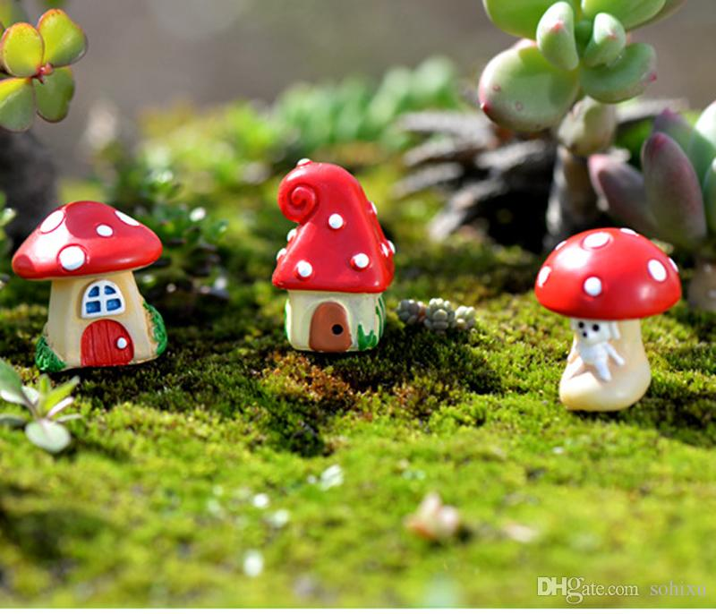 2017 cartoon mushroom house figurines fairy garden for Figurine decoration jardin
