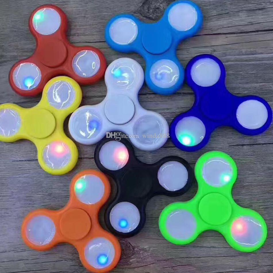 2017 led light up hand fidget spinner top quality triangle for Light up fishing spinners