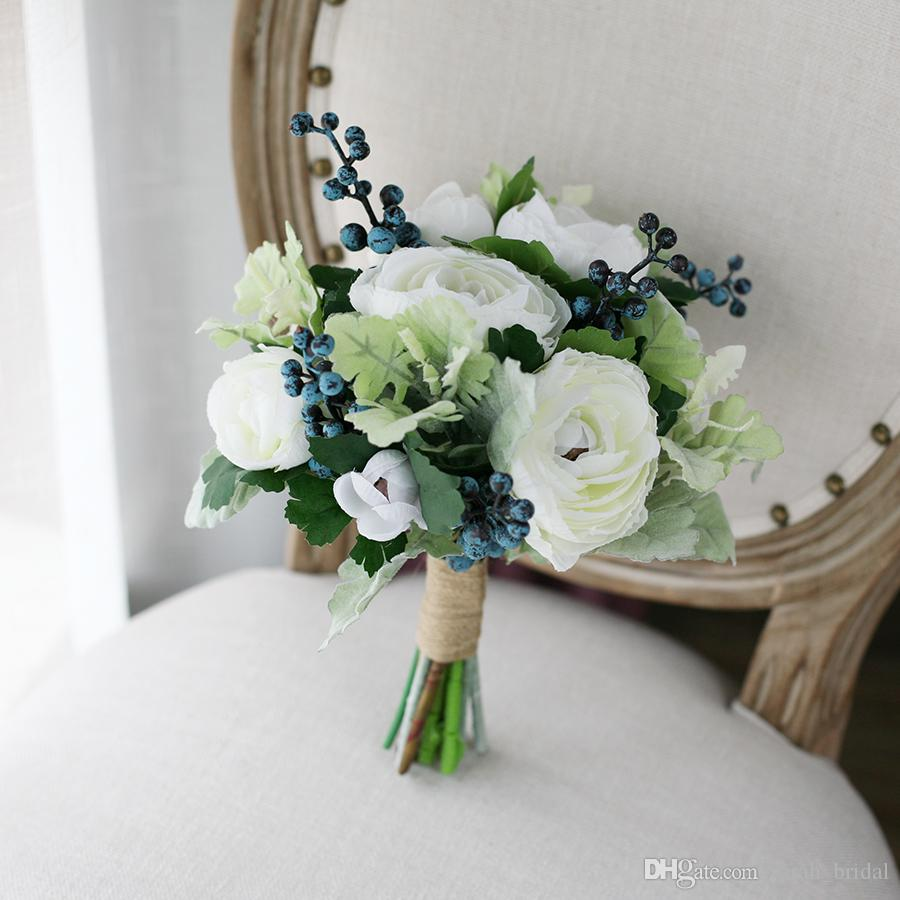 New White Country Artificial Bridal Bouquets 2017 Lu Lotus Bacca Touch Fabric Wedding Supplies Bride Holding Brooch Bouquet
