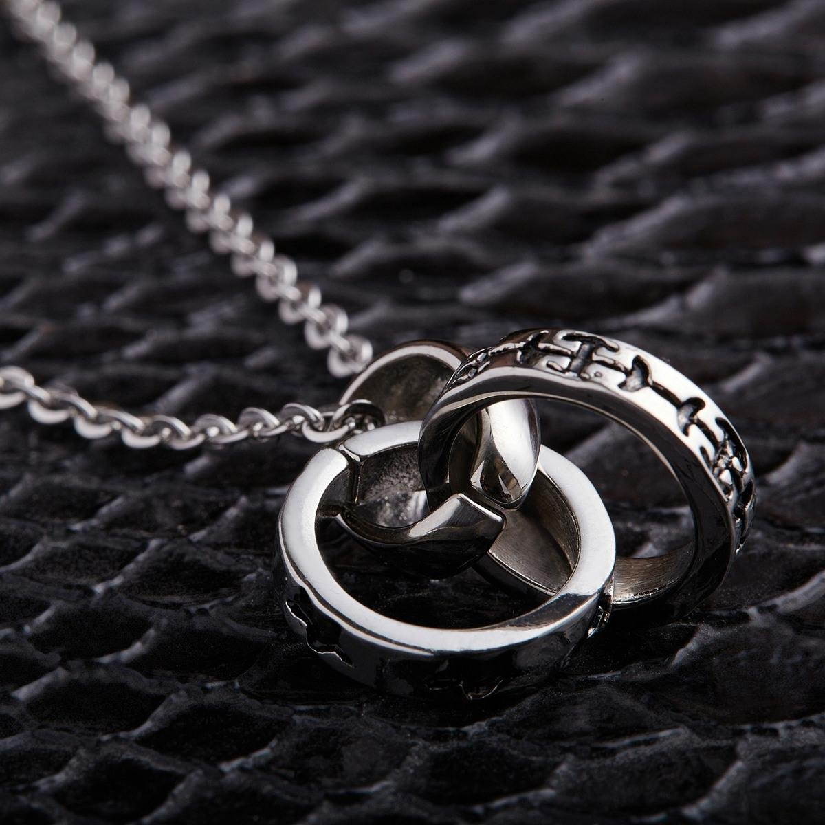 Stainless steel ornaments - Titanium Steel Pendeloque Cut New Pattern Three Ring Stainless Steel Ornaments Lovers Titanium Steel Ring Circle