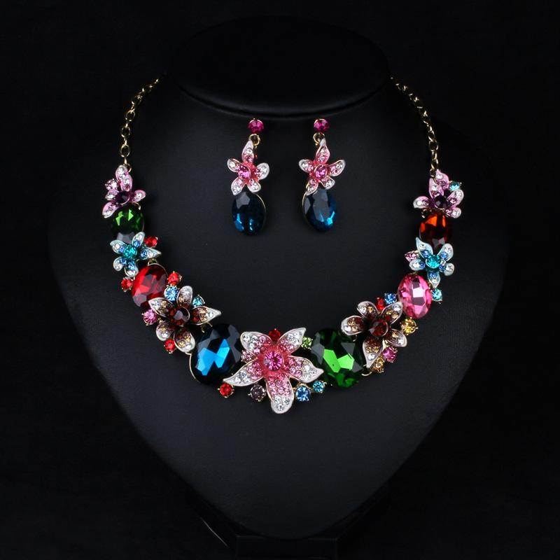 2017 Western Fashion Style Jewelry Necklaces Earrings Suit Color Crystal Gem Flower Short Chain