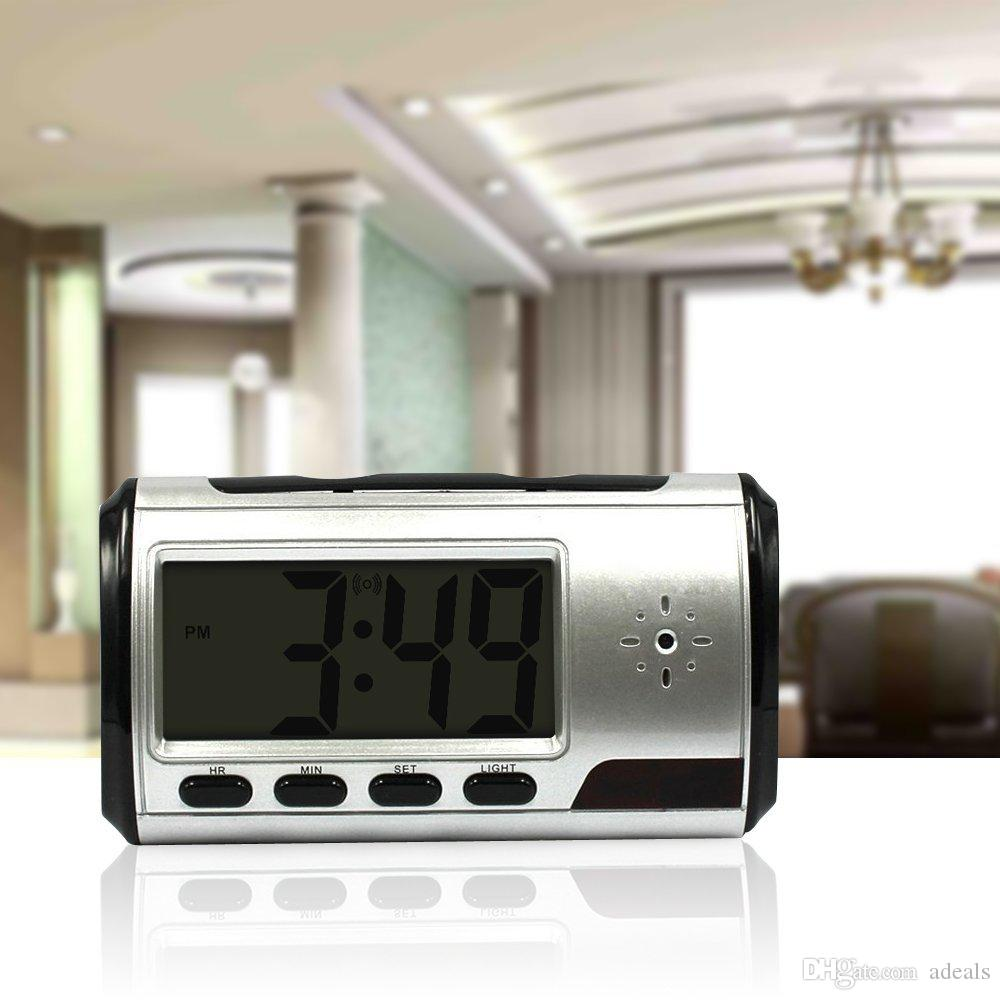 Clock spy camera 720*480 Spy hidden camera sliver Clock High-definition HD 1.3M With Remote Control 10hrs working time