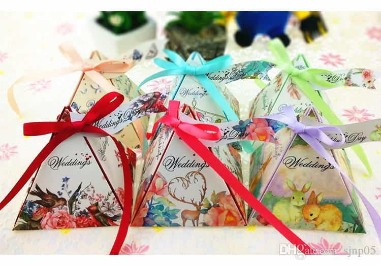 Creative triangle candy box duplex printing flower wedding for Triangle wholesale printing