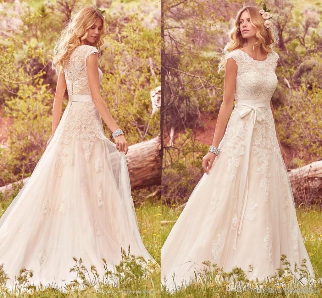 Discount 2017 Lace Tulle Bohemian Wedding Dresses Modest