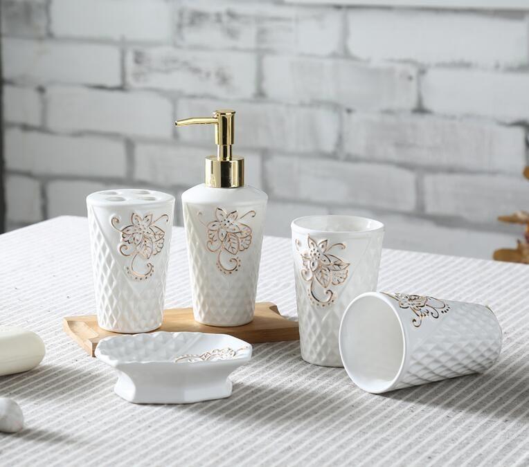 2017 Leaf Shape Ceramic Bathroom Accessories Elegant