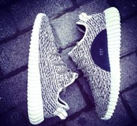 Wholesale Yeezy 350 boost is back in black Running Shoes Tra...