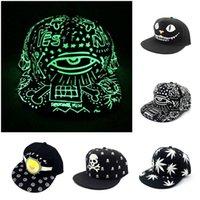 Мужчины Женщины Бейсбол Snapback Регулируемый Hat Светящийся свет вверх Мигание Night Glow Хип-хоп колпачок 8 стилей