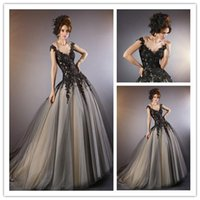2015 Sheer Lace Wedding Dresses with Black Lace Applique V- N...