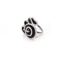 Black Flower réel 925 anneaux en argent sterling gratuit Black Ship Diamond Ring Plaqué Or haute qualité zircon Emeraude Anneaux personnalisé Oder
