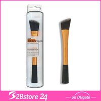 Real Techniques Foundation Brush, Makeup Brush RT- 1402