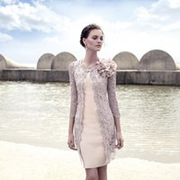 Beautiful Ivory Lace Mother Of The Bride Dresses Scoop 3 4 S...