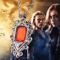 2016 Movie Jewelry Deadly Instrument Ville de Bones Isabel Pendentif Ange Colliers pour hommes et femmes 10pcs ZJ-0903096