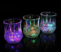 2015 new arrival high quality pineapple LED water glass, 7 c...