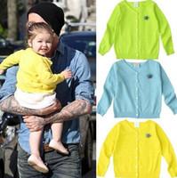 50pcs Harper Seven Beckham même style enfants chandails pour bébés filles filles printemps vêtements bébé tricotés cardigan broche fleur