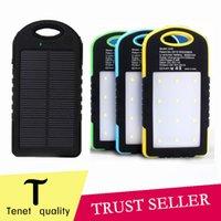 Универсальный 8000mAh Солнечное зарядное устройство Водонепроницаемая панель солнечной батареи Зарядные устройства для Dual USB LED лампы для кемпинга 50PCS