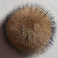 Vente en gros-Livraison gratuite 10 12 cm 2pcs vraie peau de raton laveur pom poms boule chapeau chapeau de fourrure chapeau chapeaux d'hiver pour les chaussures capuchon de fourrure accessoires