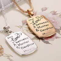 2016 Bijoux Snap nouvelle arrivée L'amour entre une mère fille est lettres Colliers pendentif pour les femmes 2 couleurs ZJ-0903216