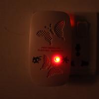 100V-240V non tossico casa US / EU Plug elettronico ultrasonico Repeller Anti Mosquito formiche ragni scarafaggi che respinge H13384