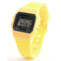 Classic Sport montres hommes / femmes de F-91W montres mode F91 LED ultra-mince montres réveils 13 couleurs