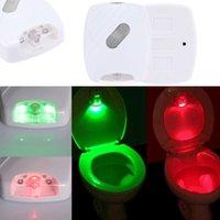 LED sensore di movimento ha attivato servizi igienici luce igienici a filo della lampada a pile L0928 la luce di notte di trasporto luce igienici