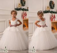 Платья 2017 Высокое качество выполненное на заказ свадебные цветы для девочек с Cap рукава прелестно шнурка Аппликация Puffy Тюль юбки принцессы бальные платья